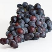 Purple grape bunch detoured with a white background.